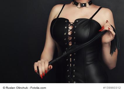 Domina-Sex: Warum stehen Männer darauf?
